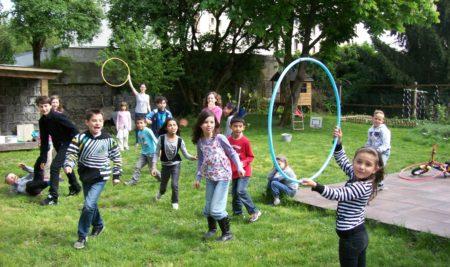 """Speak English Kids"" Celebrates 10 Years in Grenoble!"